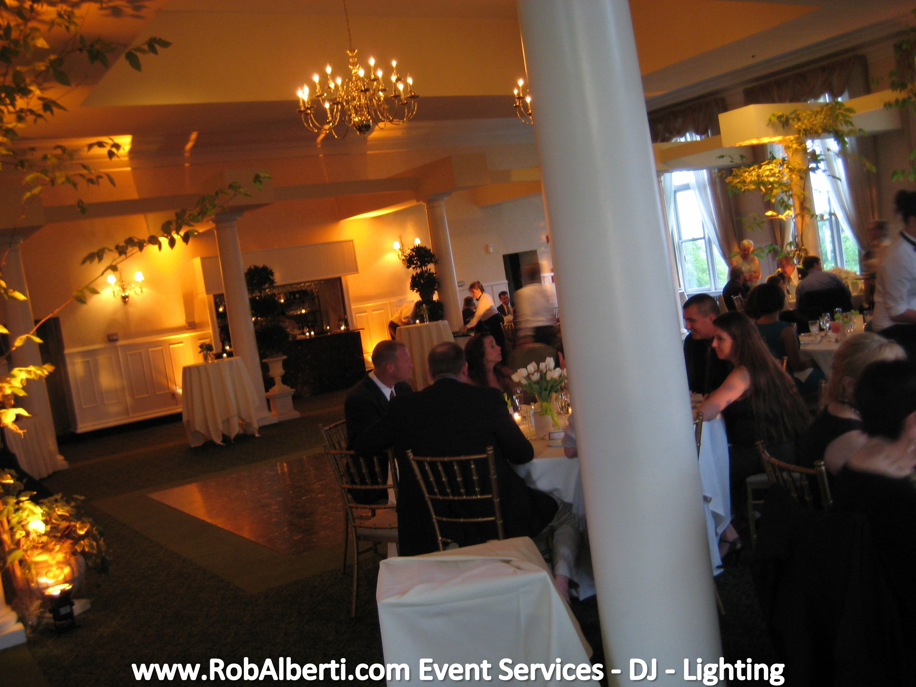 Wedding event lighting can
