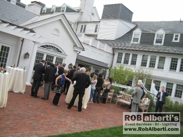 Outdoor wedding venues in western massachusetts for Outdoor wedding venues ma