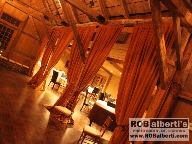 Winvian in morris ct ct barn wedding venue rob albertis event comimg1534 ct barn wedding venue junglespirit Gallery