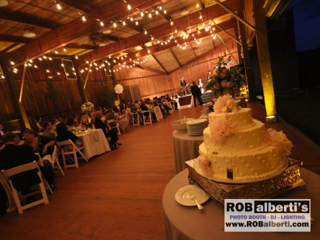 Rob Alberti S Event Services Supplies Lighting For Barn