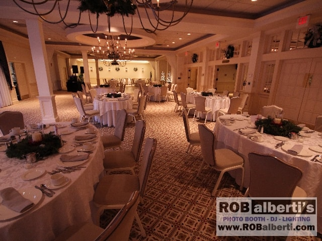 Simsbury Inn Ct Wedding Dj Www Robalberti 0 Img 4305