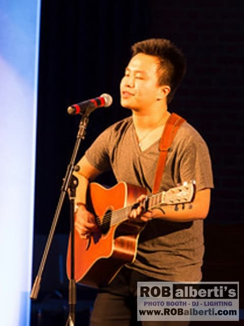 Sai He - Singer/Songwriter