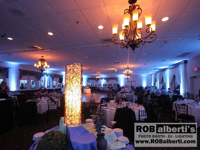 The Log Cabin in Hoyoke MA - Wedding Venue - Disc Jockey - Lighting ...