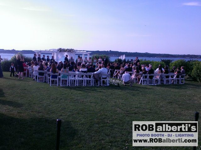 Ocean Cliff Newport RI Wedding Photos  -0 IMAG1140- www.robalberti.com