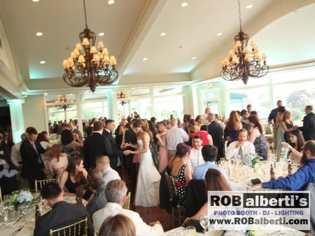Ocean Cliff Newport RI Wedding Photos  -0 IMG_6033- www.robalberti.com
