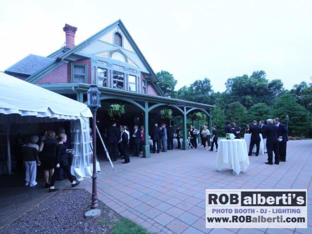 The Barney Estate Springfield MA Forest Park Wedding 0 IMG 6383 Robalberti