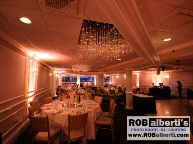 Anthony's Oceanview New Haven CT Wedding -0 IMG_6487- www.robalberti.com