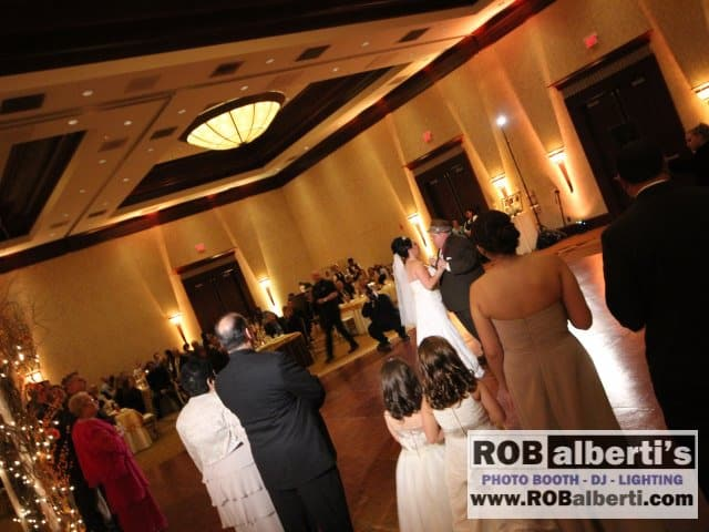 Crowne Plaza Warwick RI Wedding Lighting -0 IMG_7449- www.robalberti.com