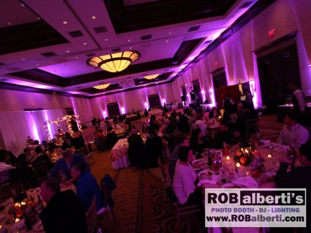 Crowne Plaza Warwick RI Wedding Lighting -0 IMG_7476- www.robalberti.com